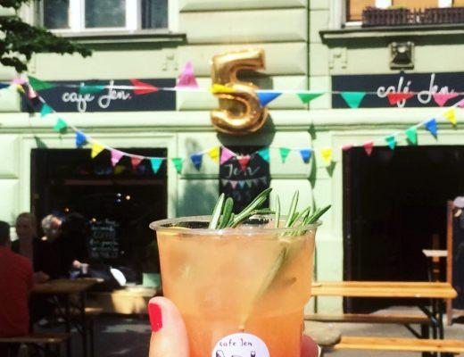 Café Jen narozeniny