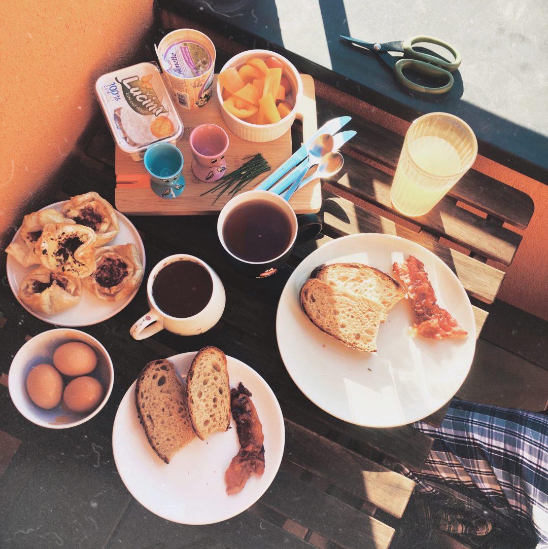 snídaně venku