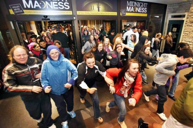 Madness Of Black Friday Wishes Images