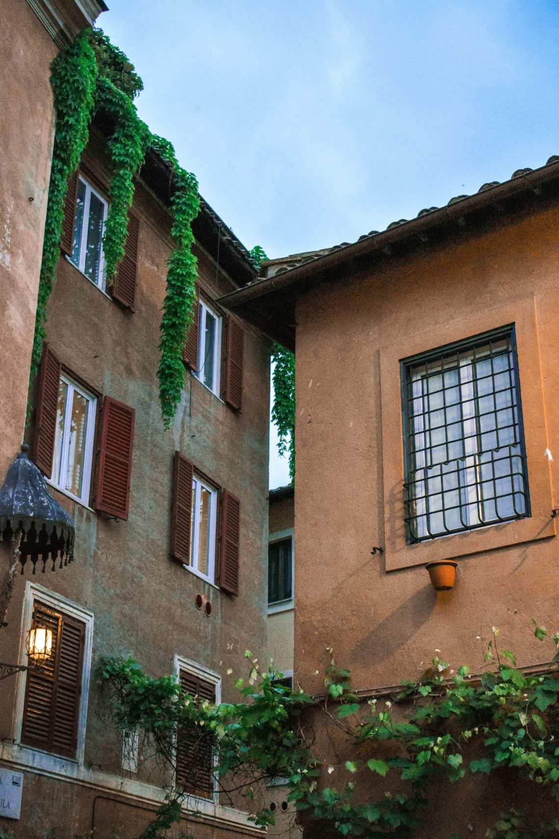 Trastevere Travel Guide: Pretty street in Trastevere