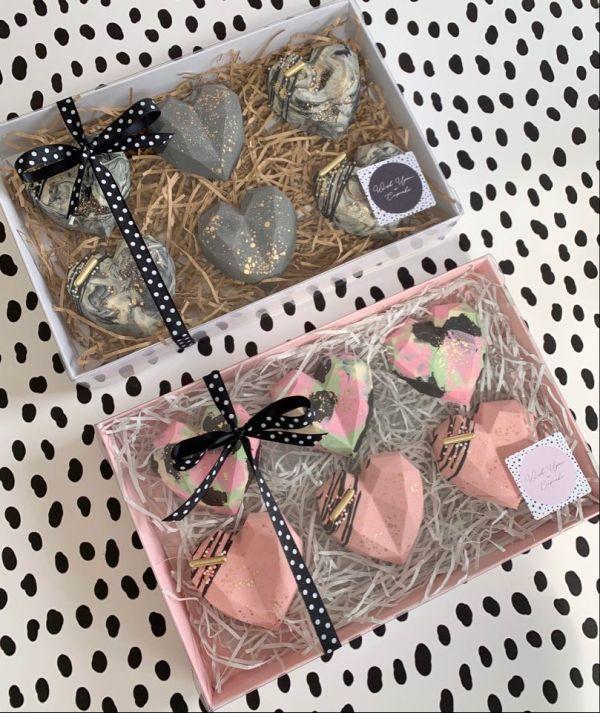 6 Cake Heart Box