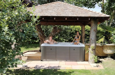 Use of Hot Tub Included