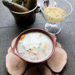 Zupa ogórkowa z kaszą bulgur