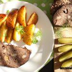 Pieczeń wołowa duszona, czyli sprawdzony sposób na miękkie mięso wołowe
