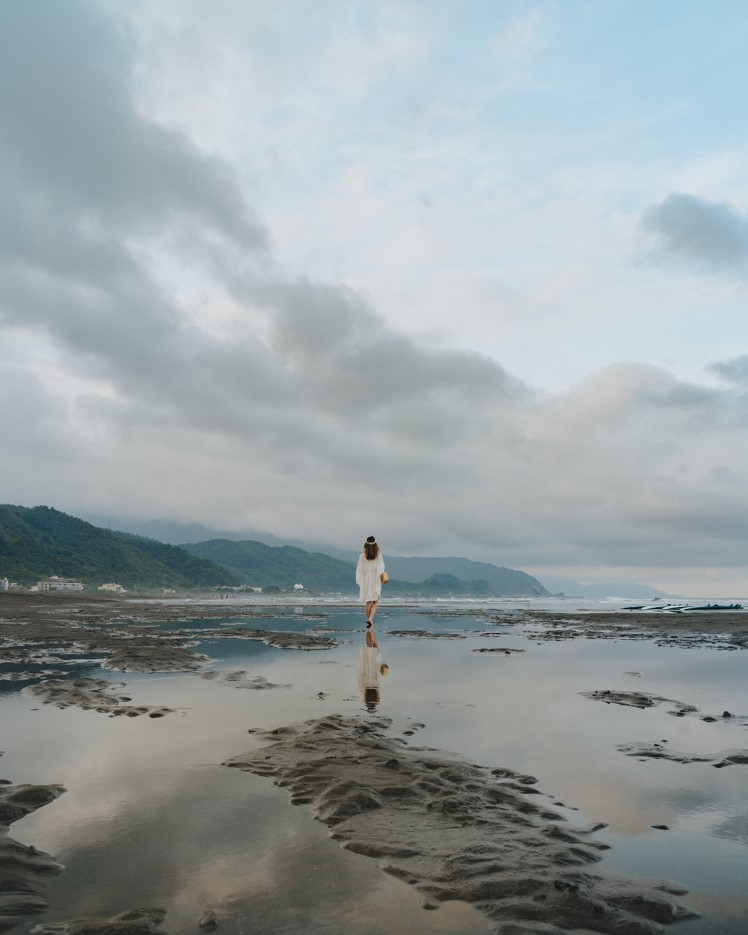 Yilan Black Sand Beach - witandfolly.co