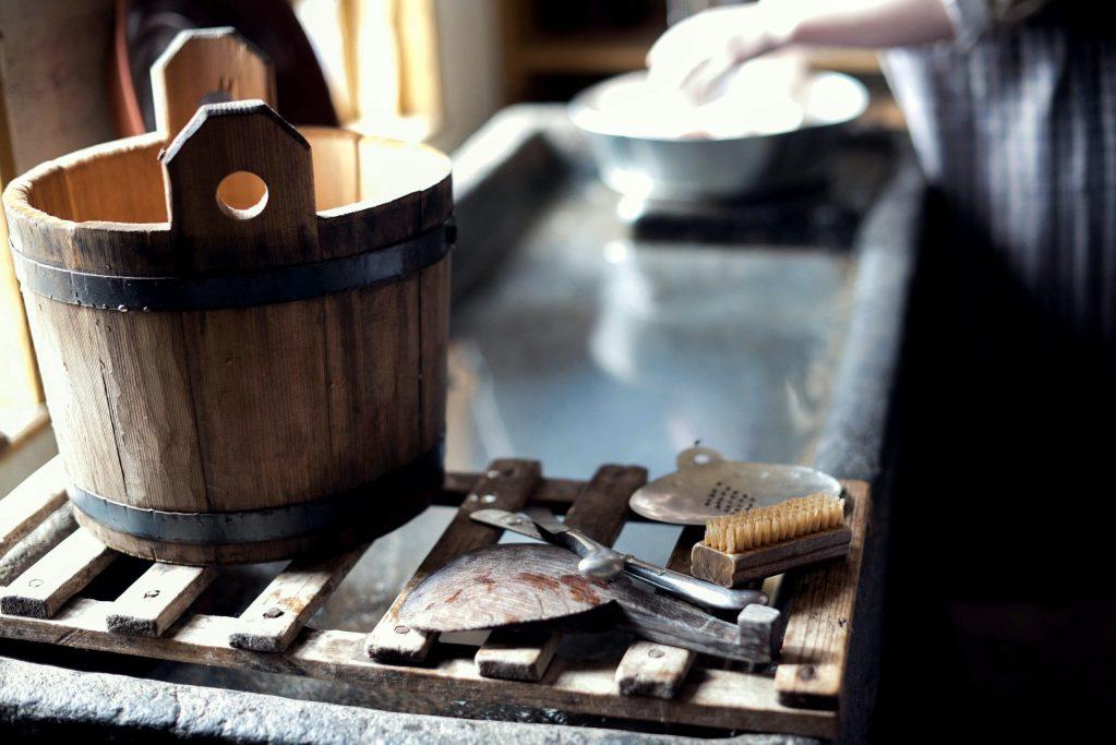 tidy Photo by Jennifer Burk on Unsplash