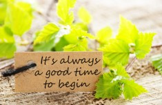 A natural looking Label with the Saying Its Always a Good Time to Begin ** Note: Soft Focus at 100%, best at smaller sizes