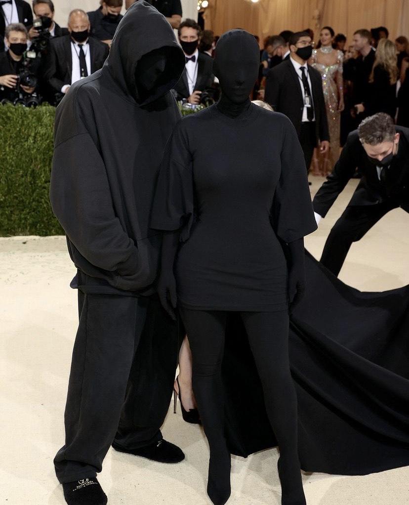 METGala Kim Kardashian Balenciaga mode algérie aleriennes article mode