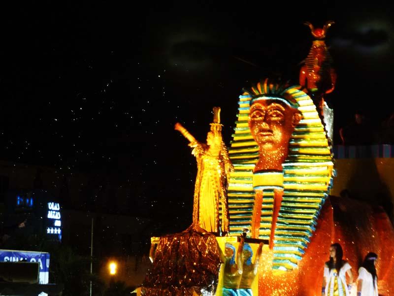 Mazatlan Carnaval - Egyptian float