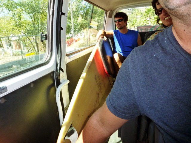 The surfboard tucked in to the Collectivo to Bucerias