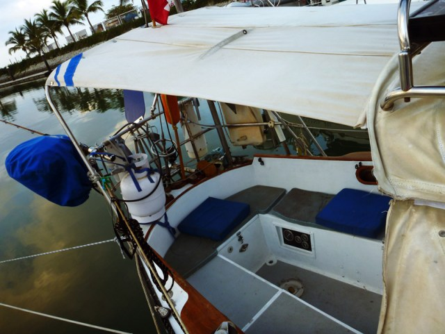BRIO STRIPE on the new bimini!