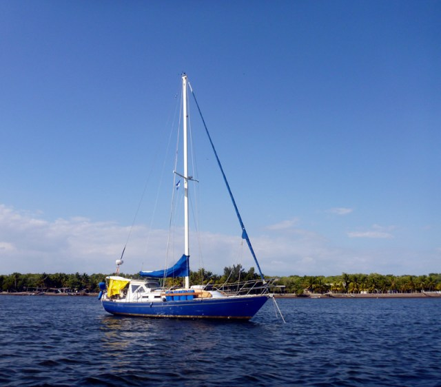 Brio at anchor - Bahia del Sol