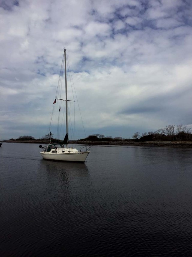 s/v Meredith goes sailing by at Jewel