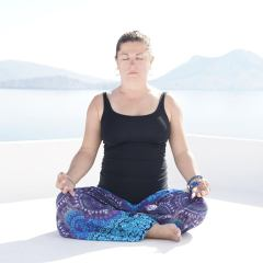 Join Michele for Rise and Flow Yoga Thursdays at 7am