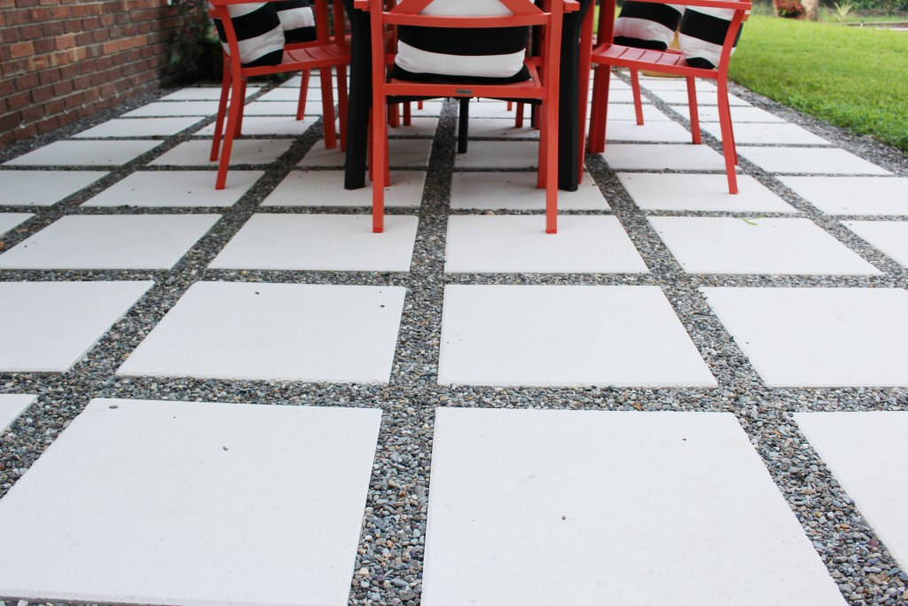 Patio Pavers with rocks