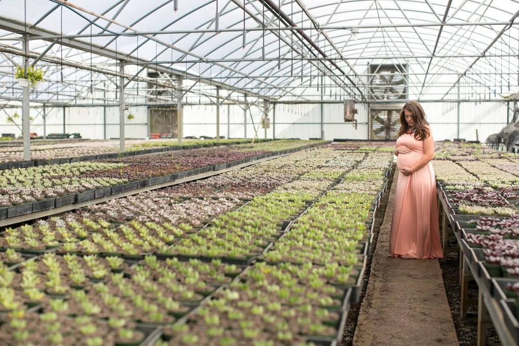 Greenhouse Maternity Photoshoot