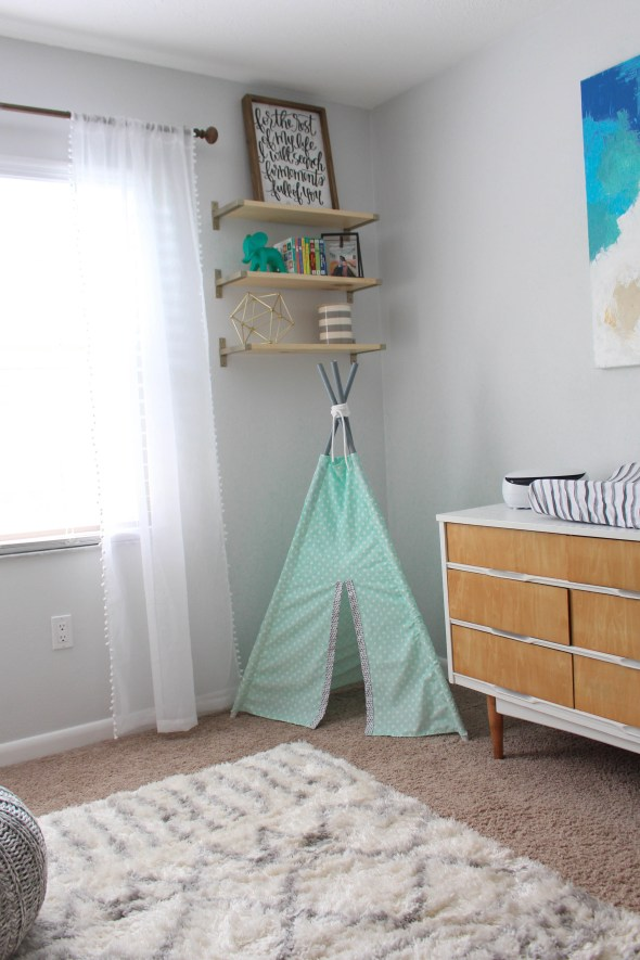 Creating your own tee pee for a nursery