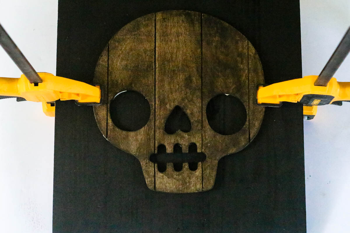 Making a halloween sign