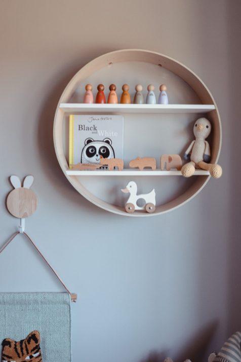 Circle shelf