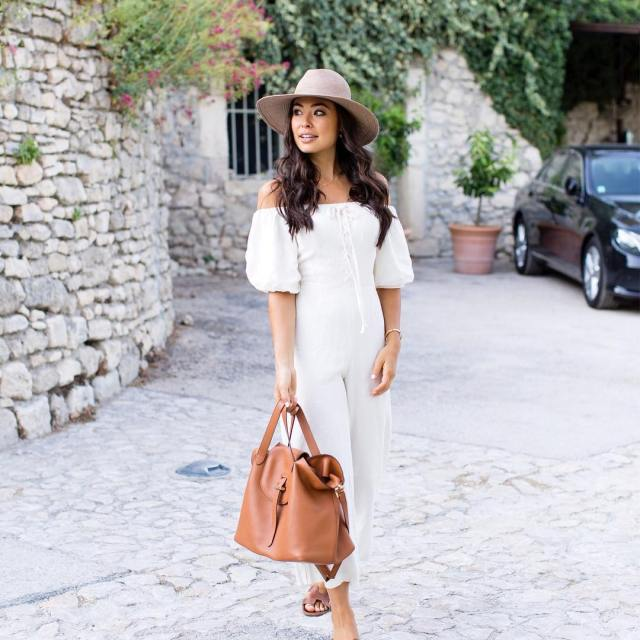 The white linen jumpsuit of my dreams on the blog!hellip