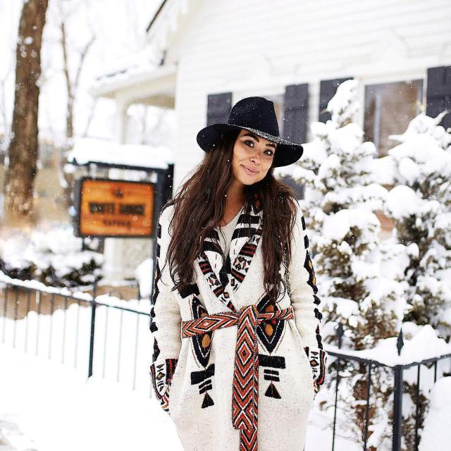 The coziest chunkiest knit for brunch at whitehousetavern followed byhellip
