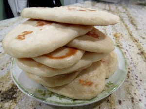Read more about the article Garlic Buttered Naan