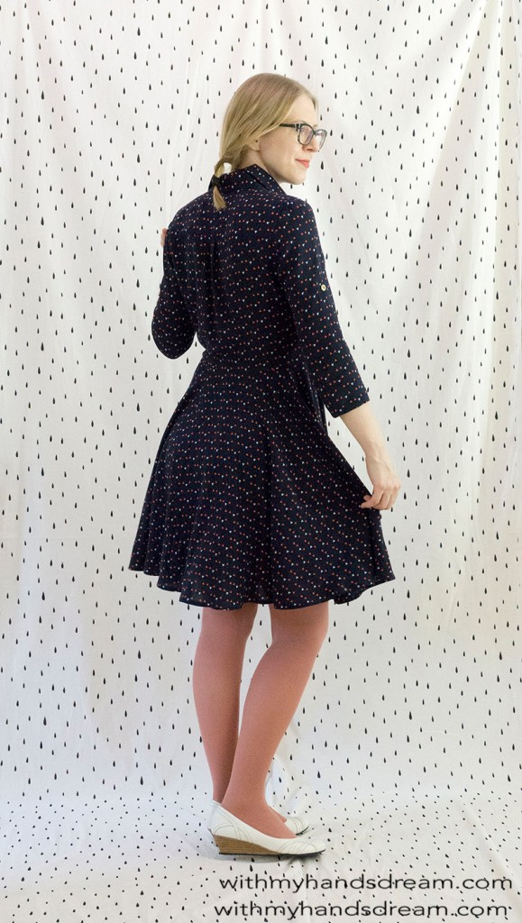 McCall's 7351 shirtdress, side view.