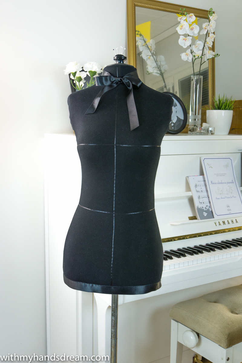 The finished dress form.