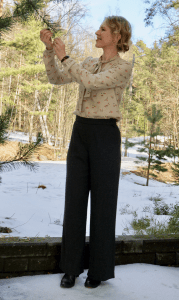 Simplicity 3688 1940s retro trousers.
