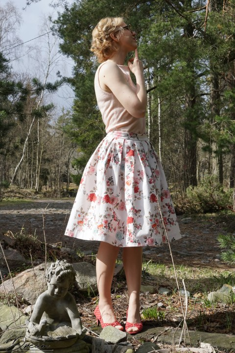 The pleated skirt calculator: the resulting skirt from the side.