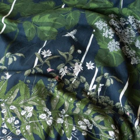 Nuppu print company: Iltakävely jersey fabric.