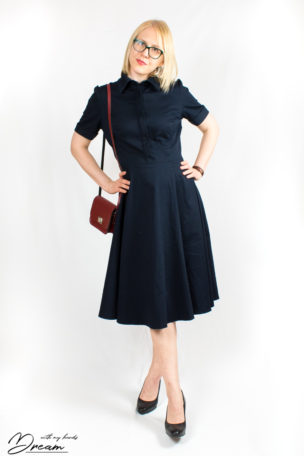 Sew Over It Kate dress in dark blue.