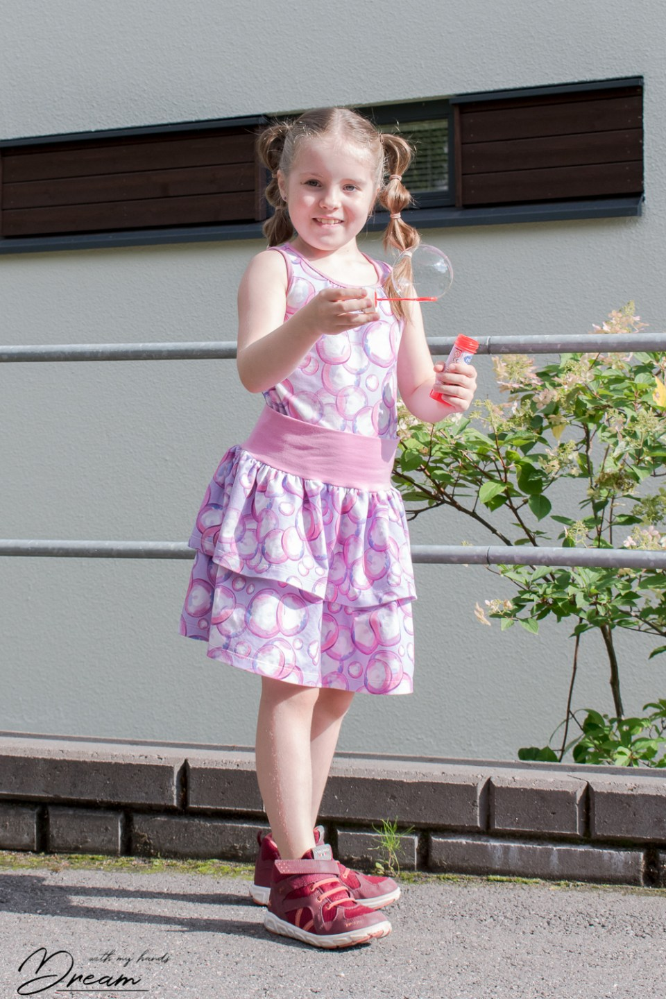 Ottobre 4/2011 34. Glow-worm top with my quick ruffle skirt.