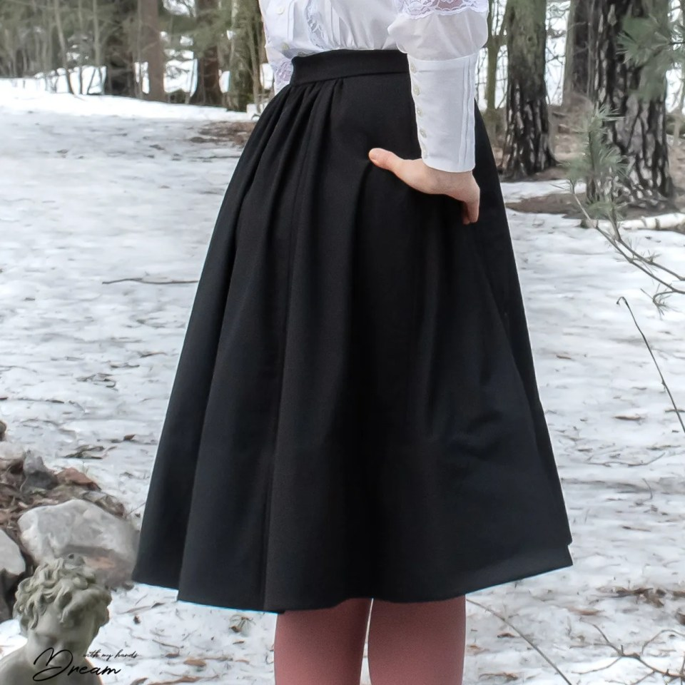 My Edwardian inspired walking skirt from the back.