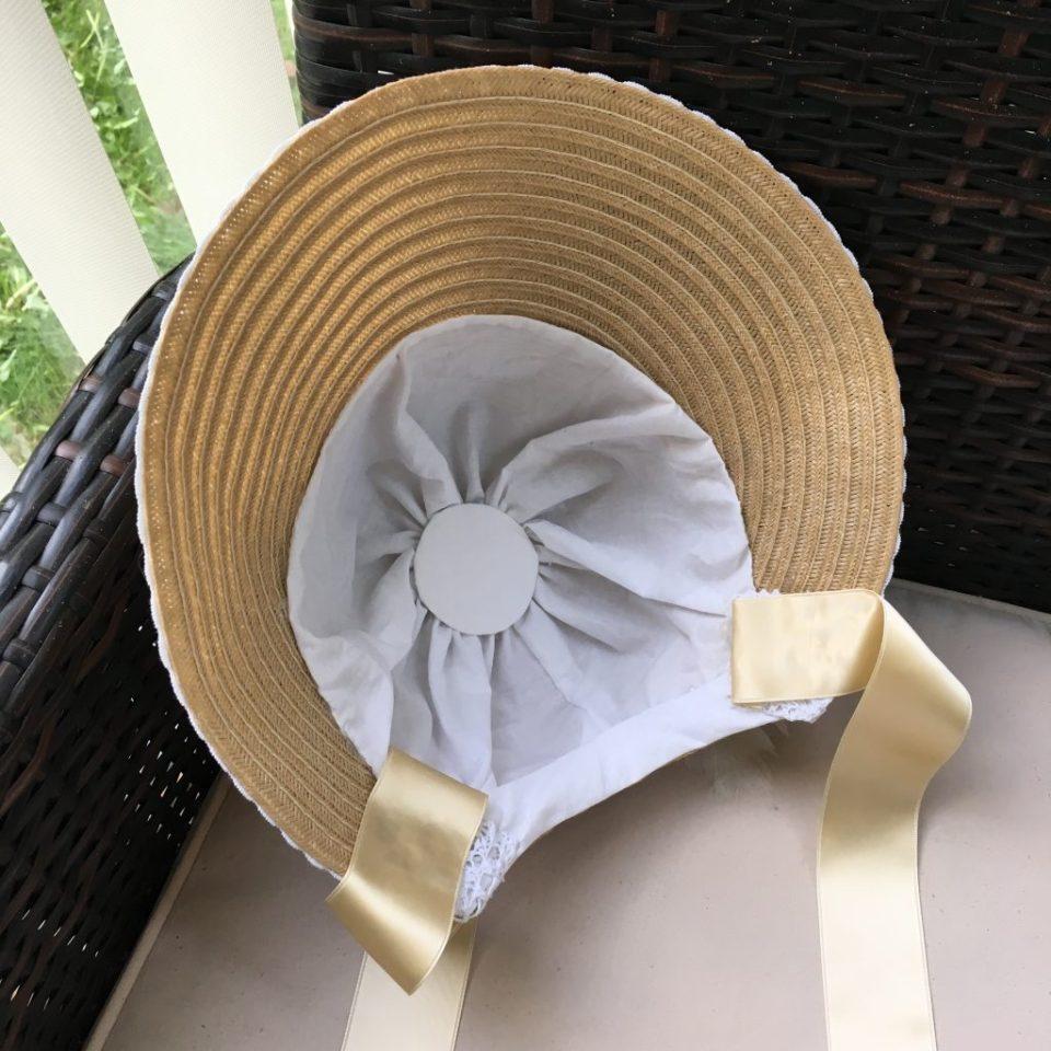 Inside of the Regency/Empire bonnet.