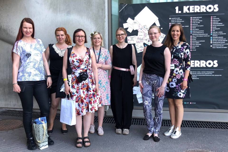 The Finnish sewing bloggers at Ommel 2019 meetup.