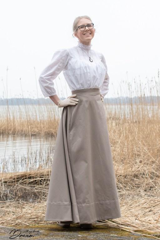 Fan skirt by Black Snail Patterns