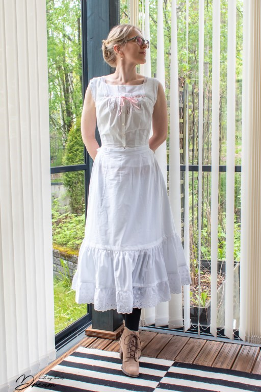 My 1902 petticoat from the front.