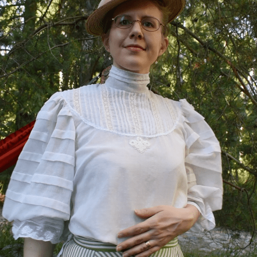 The Edwardian blouse from the front.