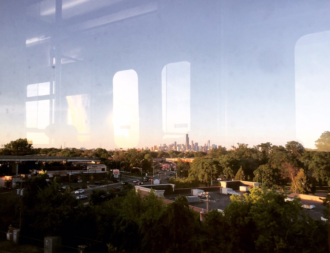 Chicago skyline from the 'L'