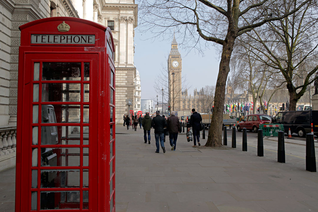 london-telephone-booth-big-ben