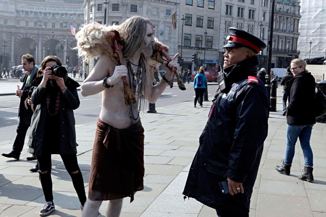 weird-guy-dead-goat-trafalgar-square-london