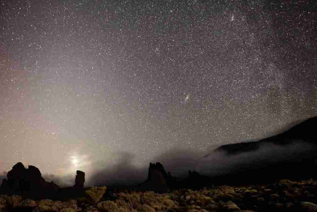 Mars-and-the-Milky-Way-in-Teide-National-Park-Tenerife