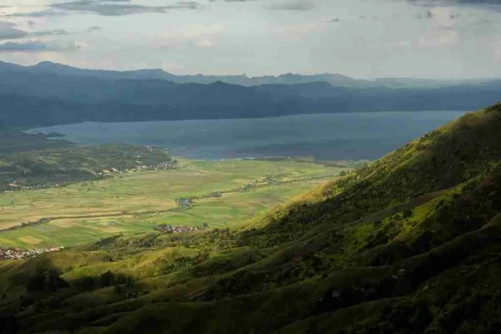The Kerinci Valley and Lake Kerinci
