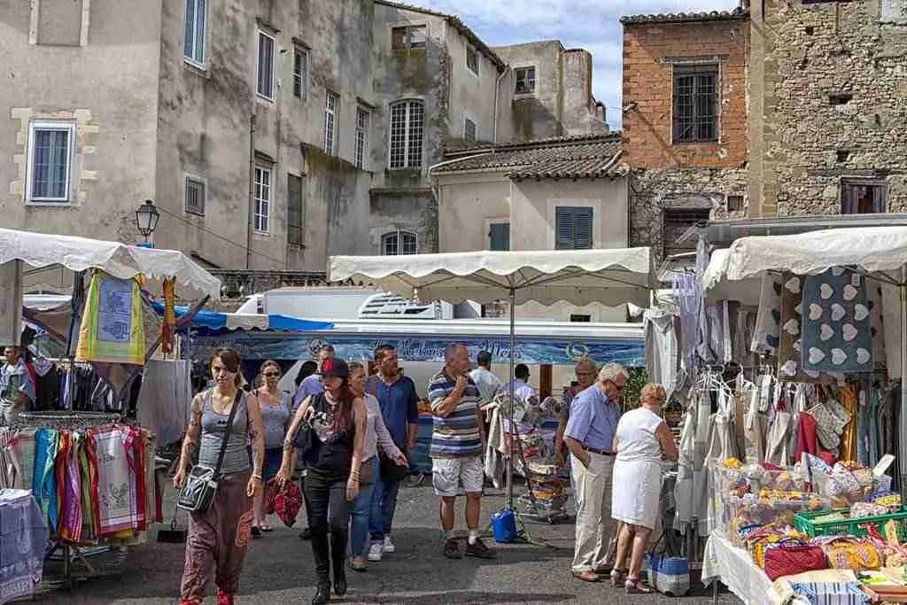 L'isle-sur-la-Sorgue Market Shops