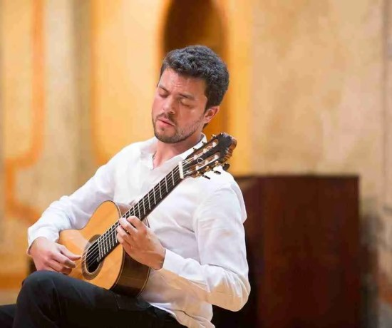 Arturo Castro Nogueras Playing Classical Guitar