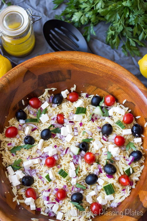 Simple Greek and Quinoa Salad with Lemon Vinaigrette