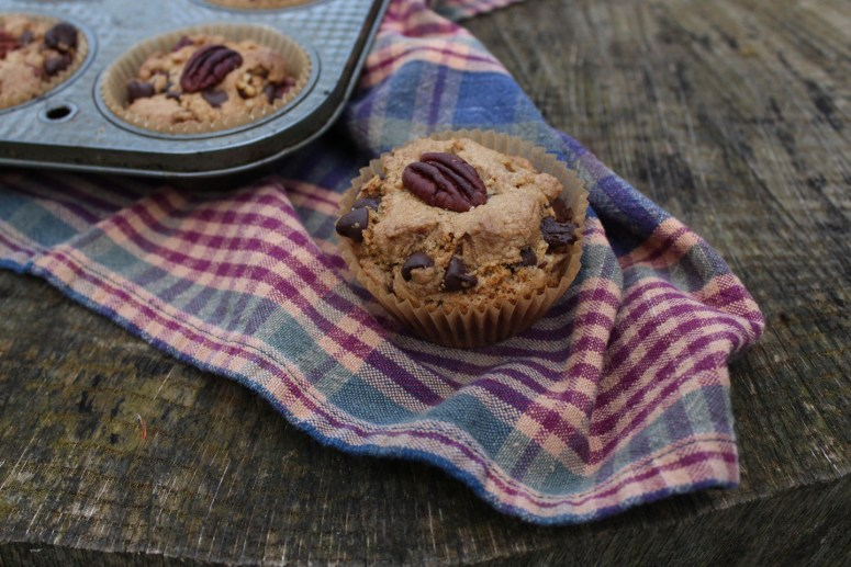 An Ode To A Cabin In Autumn: Cookie Cups & Cartwheels