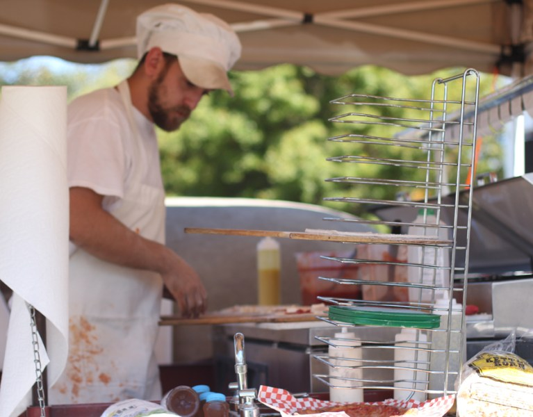 Pizza in Pittsburgh: Wood Fired Flatbreads Mobile Pizzeria at the Allegheny Green Innovation Festival