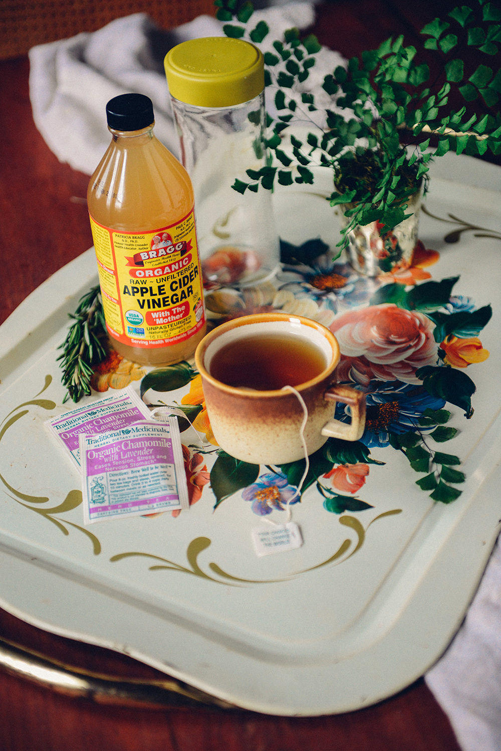 Homemade Facial Toner with Lavender Chamomile Tea // www.WithTheGrains.com